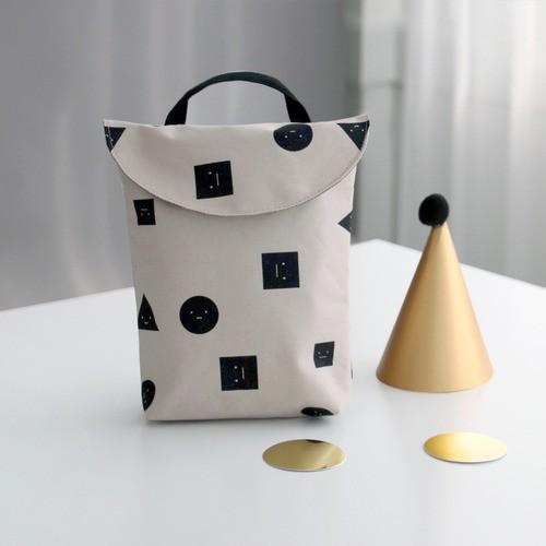 韓國 Conitale  防水手提尿布收納袋-童趣幾何